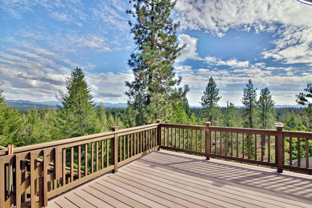 Single Family for Sale at 23067 N Brynn Ln Rathdrum, Idaho 83858 United States