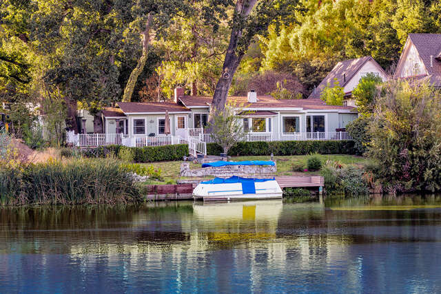 Single Family for Sale at 2230 Triunfo Place Agoura, California 91301 United States