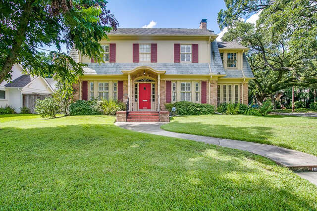 Single Family for Sale at 1602 Missouri Street Houston, Texas 77006 United States