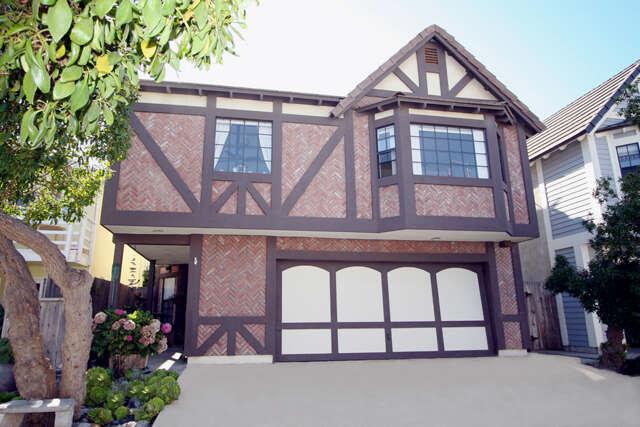 Single Family for Sale at 128 Moorpark Avenue Oxnard, California 93035 United States