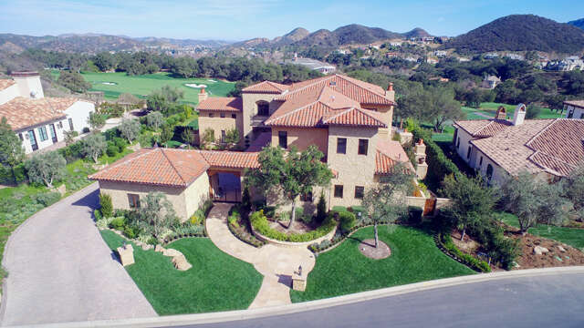 Single Family for Sale at 2550 Ladbrook Way Thousand Oaks, California 91361 United States