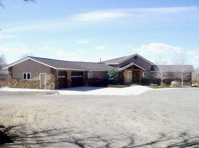 Featured Property in POWELL, WY, 82435