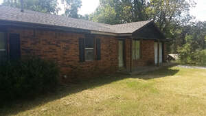 Featured Property in Chouteau, OK 74337