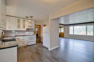 Featured Property in Edmonton, AB T6E 0M2
