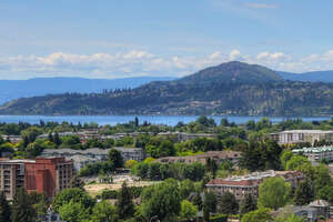 Featured Property in Kelowna, BC V1Y 6R2