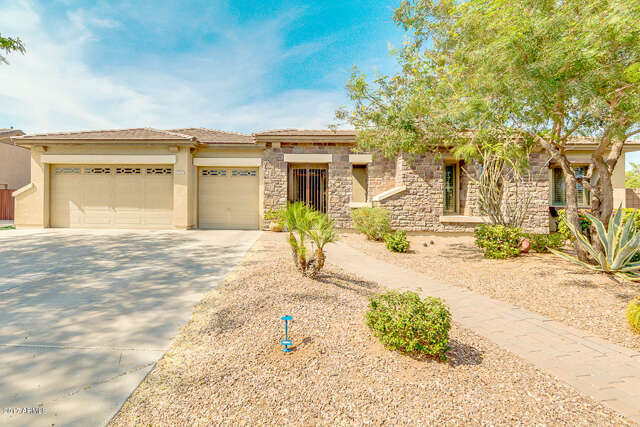 Single Family for Sale at 742 E Hopkins Road Gilbert, Arizona 85295 United States