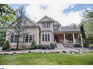 Featured CHERRY HILL Real Estate Listing