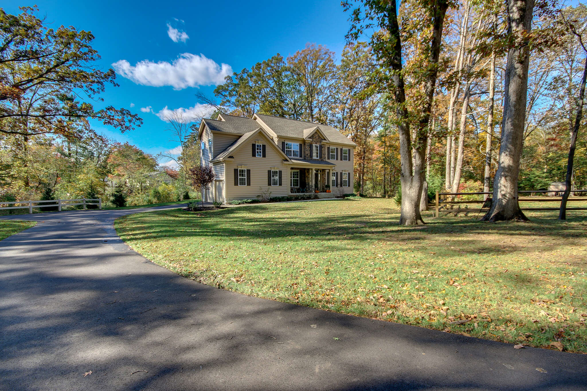 Single Family for Sale at 2500 Park Rd Warrington, Pennsylvania 18976 United States