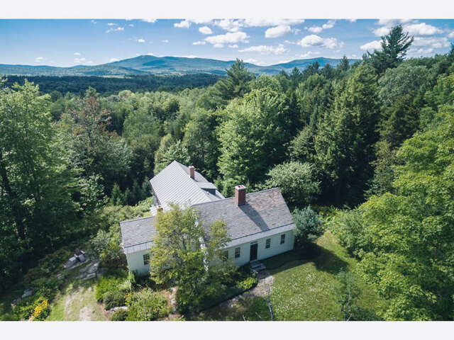 Single Family for Sale at 197 Reilly Road Londonderry, Vermont 05148 United States