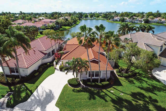 Single Family for Sale at 200 Eagleton Lake Boulevard Palm Beach Gardens, Florida 33418 United States
