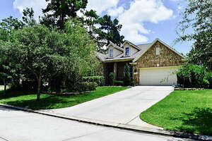 Featured Property in Conroe, TX 77304