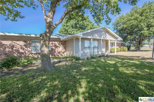 Real Estate for Sale, ListingId:46709989, location: 1764 S HWY 46 New Braunfels 78130