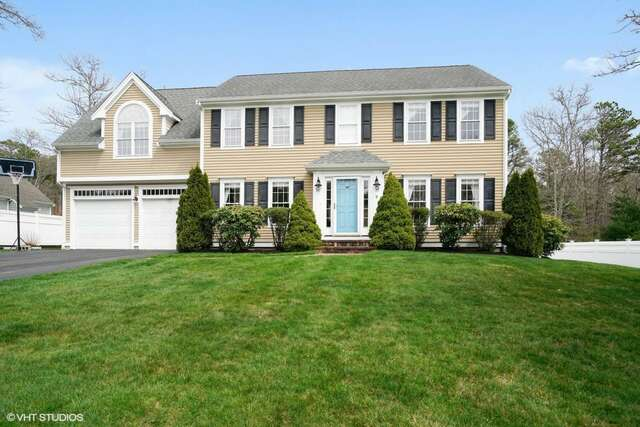 Real Estate for Sale, ListingId:44808537, location: 9 Sheffield Place Mashpee 02649