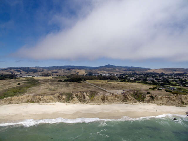 Single Family for Sale at Redundo Beach & Park Ave Half Moon Bay, California 94019 United States