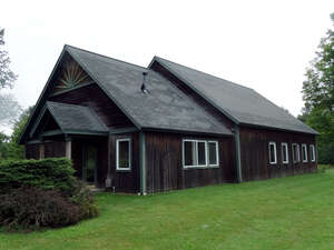 Featured Property in Albany, VT 05820