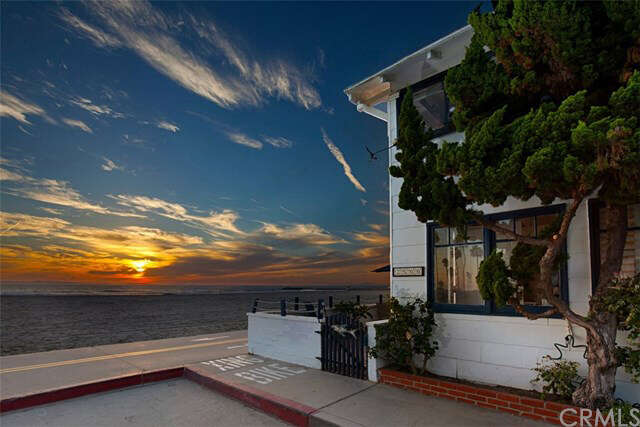 Single Family for Sale at 2500 W Oceanfront Newport Beach, California 92663 United States