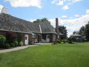 Featured Property in Napanee, ON K7R 3M4