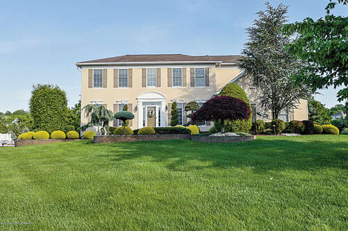 Single Family for Sale at 12 Crape Myrtle Drive Holmdel, New Jersey 07733 United States