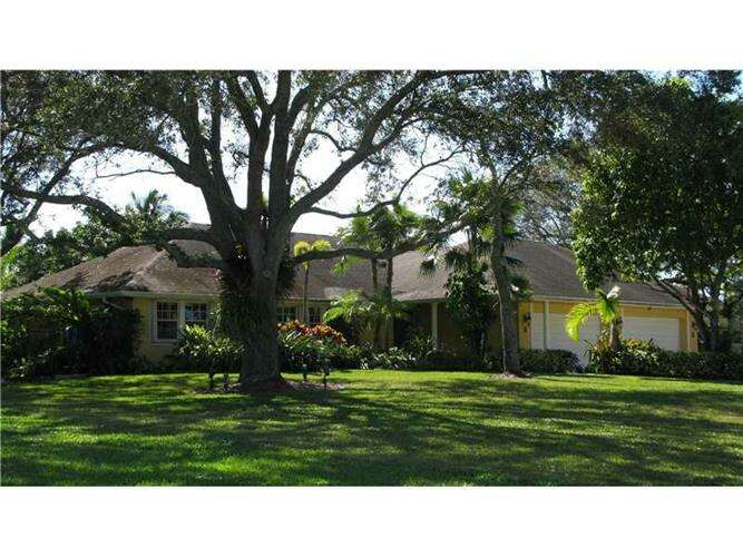 Single Family for Sale at 16630 SW 62nd St Southwest Ranches, Florida 33331 United States