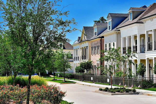 Single Family for Sale at 246 Green Boulevard Conroe, Texas 77384 United States
