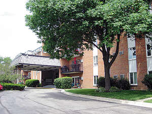 Featured Property in Downers Grove, IL 60515