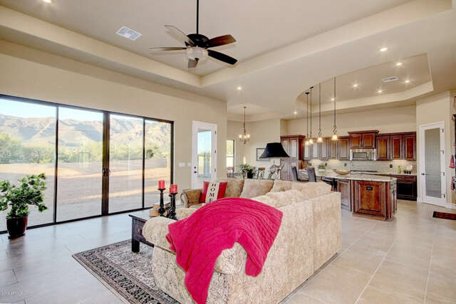 Single Family for Sale at 10592 E Saddle Blanket Trail Gold Canyon, Arizona 85118 United States