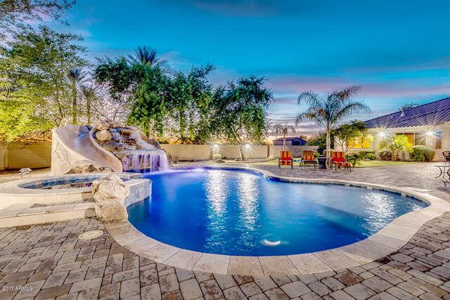 Single Family for Sale at 10059 W Villa Lindo Drive Peoria, Arizona 85383 United States