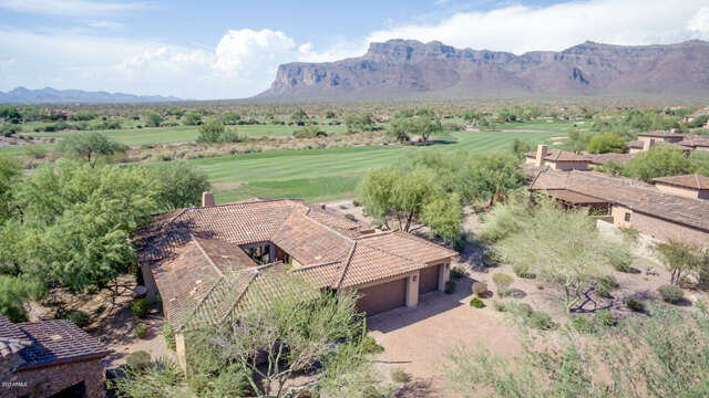Single Family for Sale at 7920 E Greythorn Drive Gold Canyon, Arizona 85118 United States