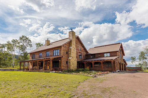 Single Family for Sale at 16555 Cr 16 Oak Creek, Colorado 80467 United States