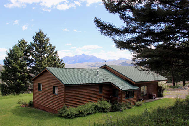 Single Family for Sale at 337 Rock Creek Emigrant, Montana 59027 United States