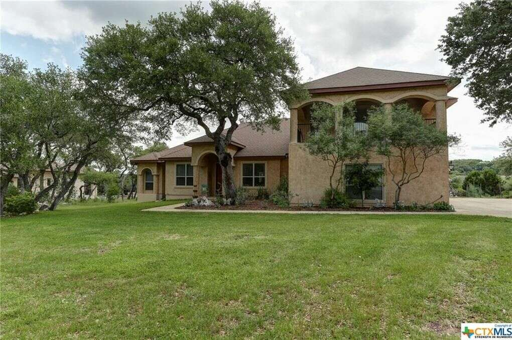 Single Family for Sale at 662 Winding View New Braunfels, Texas 78132 United States