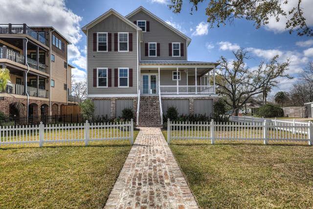 Single Family for Sale at 3330 Miramar Drive Shoreacres, Texas 77571 United States