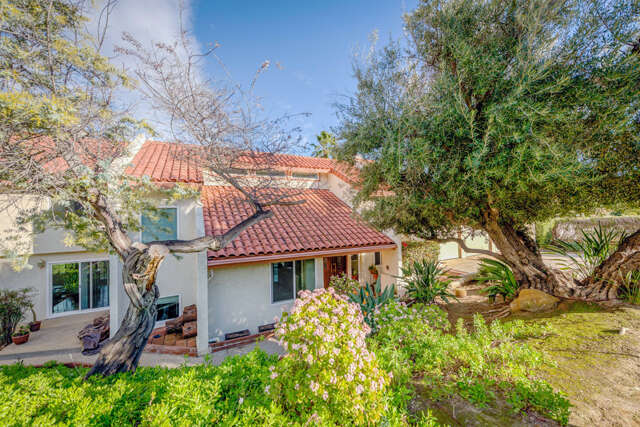 Single Family for Sale at 32 Marlboro Lane Bell Canyon, California 91307 United States