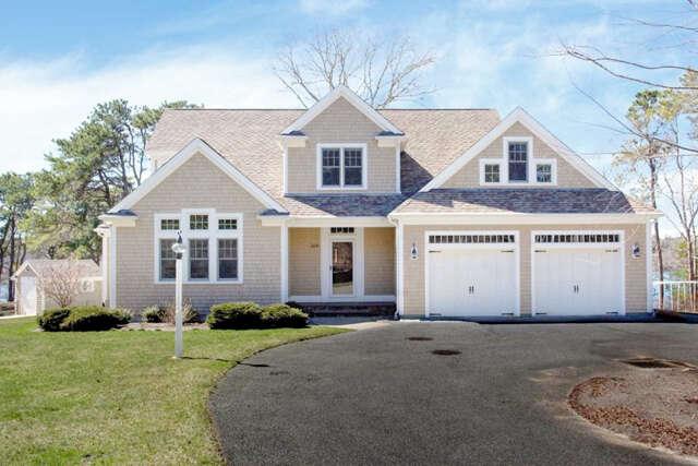Single Family for Sale at 369 Wheeler Road Marstons Mills, Massachusetts 02648 United States