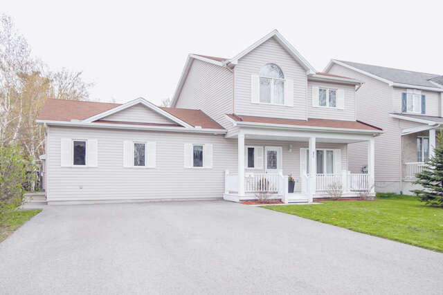 Real Estate for Sale, ListingId:45396847, location: 25 NORWAY SPRUCE STREET Stittsville K2S 1P3