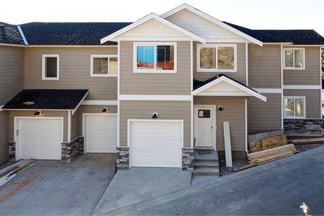 Featured Property in KELOWNA, BC, V1X 8G5
