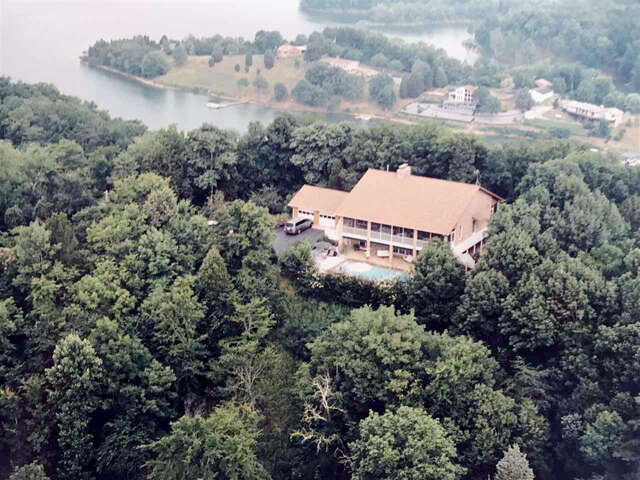 Single Family for Sale at 424 Filet Lane Dandridge, Tennessee 37725 United States