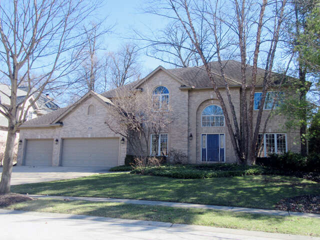Single Family for Sale at 2704 Royal Fox Dr St. Charles, Illinois 60174 United States