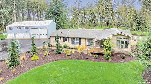 Single Family for Sale at 3392 Acorn Ln Salem, Oregon 97302 United States