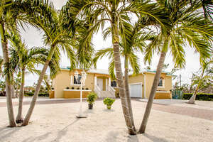 Featured Property in Duck Key, FL 33050