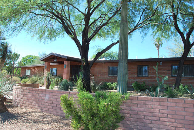 Real Estate for Sale, ListingId:46134204, location: 5956 East 4th Street Tucson 85711