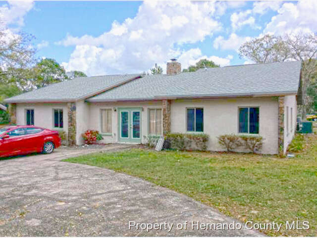 Featured Property in SPRING HILL, FL, 34610