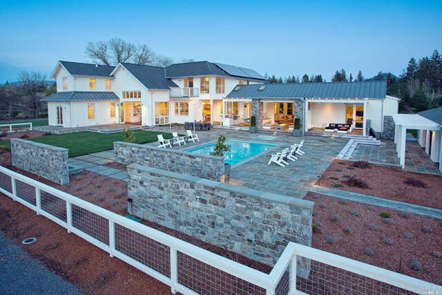 Single Family for Sale at 14789 Kinley Drive Healdsburg, California 95448 United States