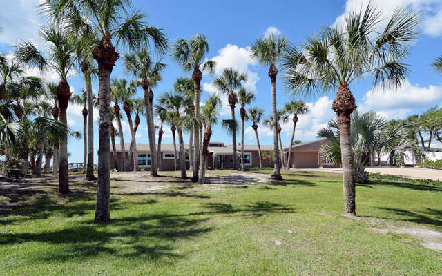 Single Family for Sale at 720 N Manasota Key Rd Englewood, Florida 34223 United States