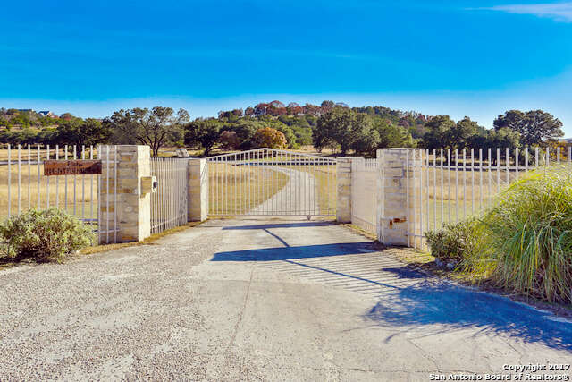 Single Family for Sale at 132 Poehnert Rd Boerne, Texas 78006 United States