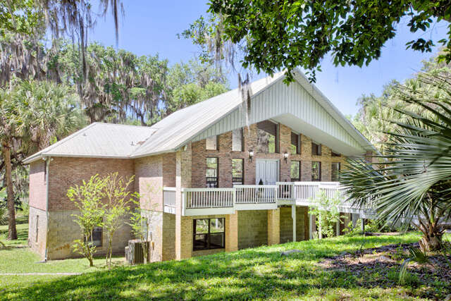 Single Family for Sale at 17518 Veterans Way Micanopy, Florida 32667 United States