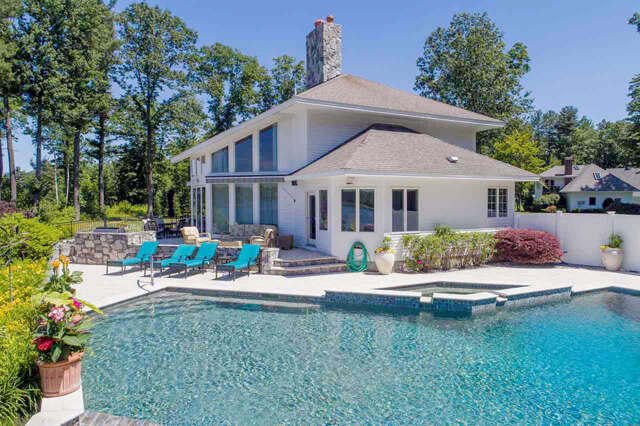 Single Family for Sale at 86 Heron Cove Road Eliot, Maine 03903 United States