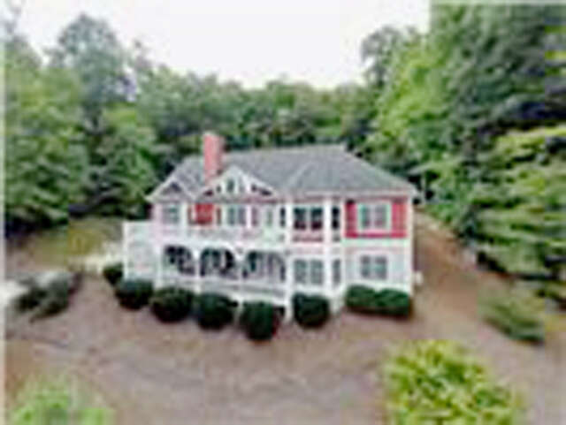 Single Family for Sale at 29 Hope View Road Swannanoa, North Carolina 28778 United States