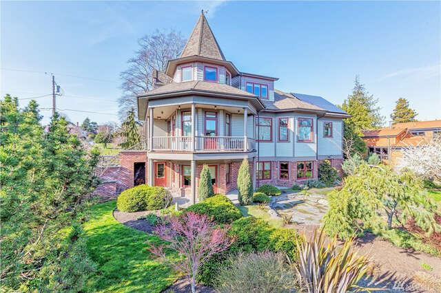 Single Family for Sale at 336 Fillmore St Port Townsend, Washington 98368 United States