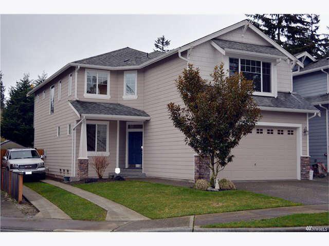 Single Family for Sale at 528 195th St SW Lynnwood, Washington 98036 United States